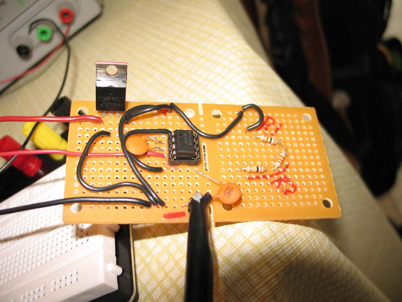 Bryans Site 50hz Square Wave From Astable 555 Oscillator 50 Duty Cycle Circuit Schematic Diagram My Weekend Project Create A That Would Signal To Feed Into The Ecm Pcm On 1990s Caprice Circumvent Vehicle