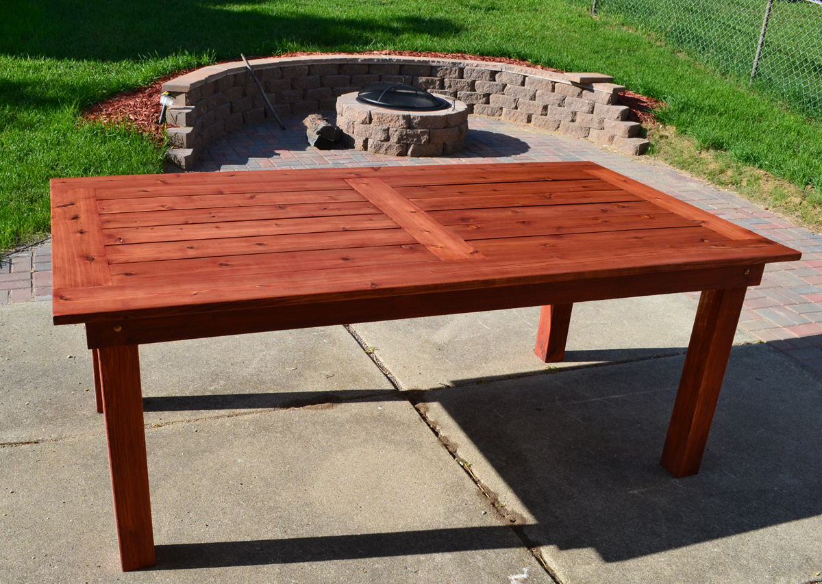 Backyard Table Diy : Bryans Site  The Finished DIY Cedar Patio Table